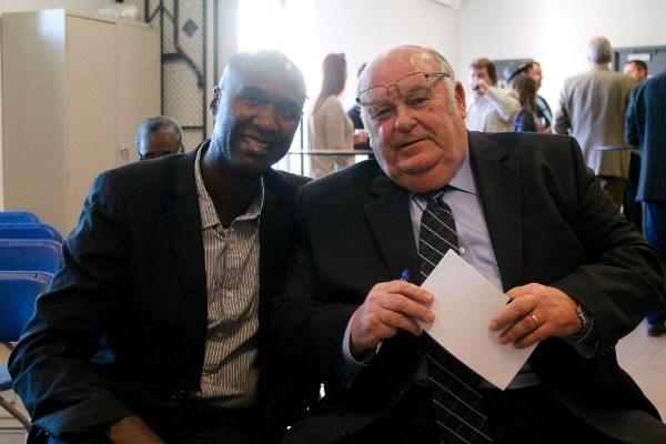 Ismaël et M. le maire