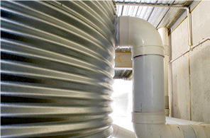 Réservoir d'eau raccord