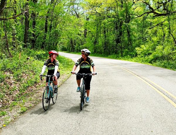Hometown Bicycles Women's Road Ride at Island Lake