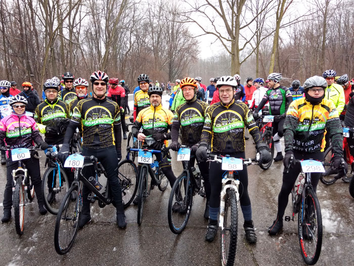 Team Hometown Bicycles 2017 at the starting line of Waterloo G&G Gravel Road Race