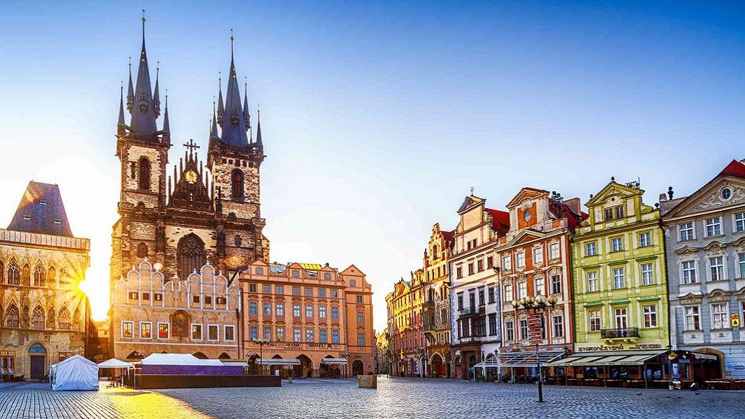Τσεχία. Στην καρδιά της Ευρώπης με την καρδιά της OMONIA TRANS!