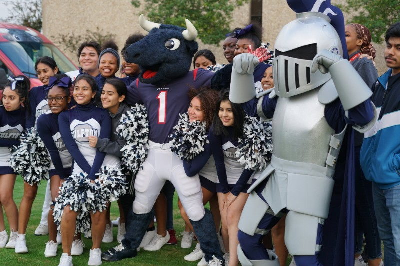 YES Prep Cheerleaders with Toro and Knight mascots