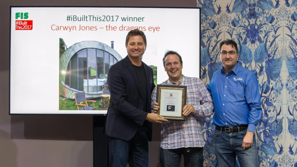 George Clarke presenting Carwyn Jones with his award