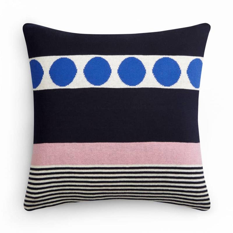 Monroe Pink Cushion with pad