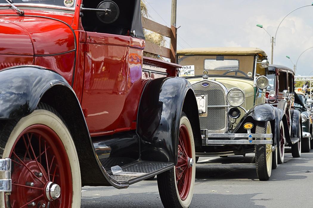 Exposición de autos y audiciones de melómanos en los 483 años de Cali