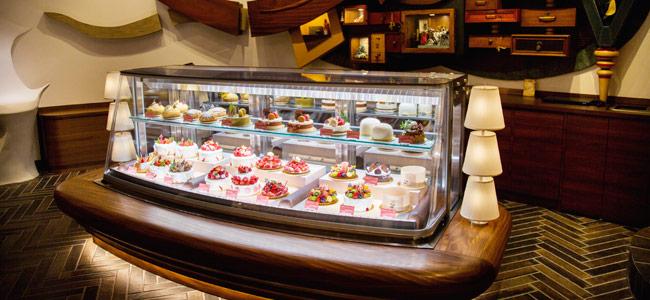 Susumu Koyama's cake shop