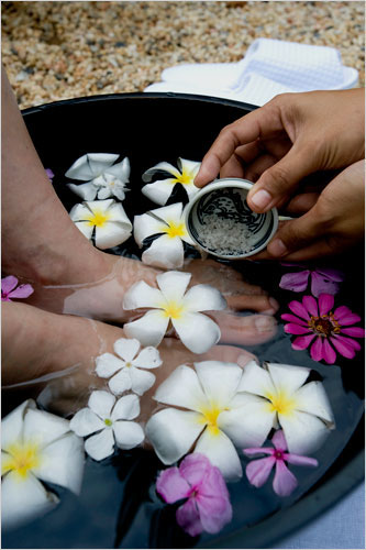 AstroLogical Sign Aquarius, Foot Wash, Anoint with Oil