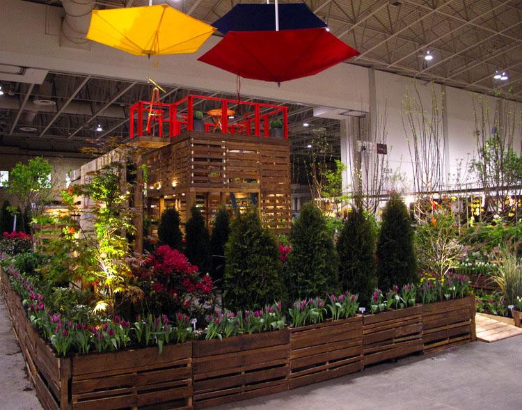 Pallet Garden Structure BSq Canada Blooms 2012