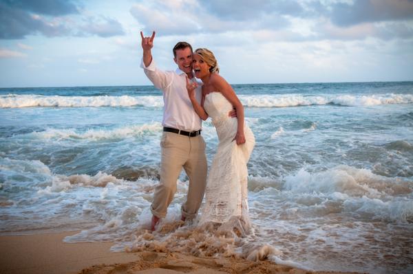 Pisces Marriage Couple Ocean Sea Waves