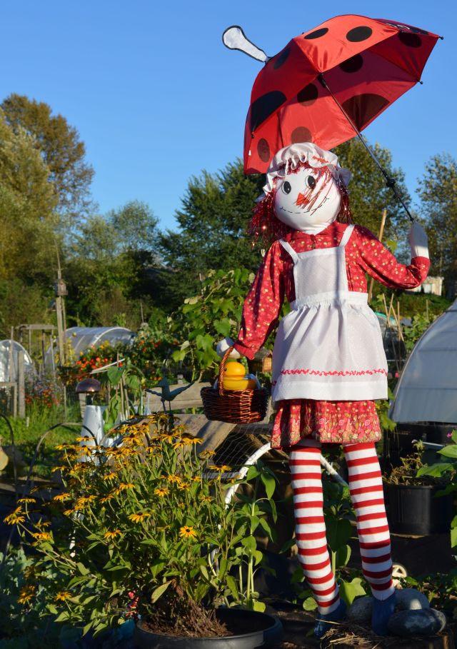 Garden Art Raggedy Ann Scarecrow Colony Farms