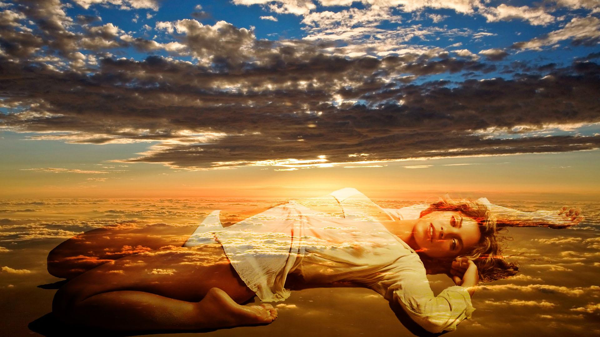 Aquarius Woman Under Heaven Air Sign