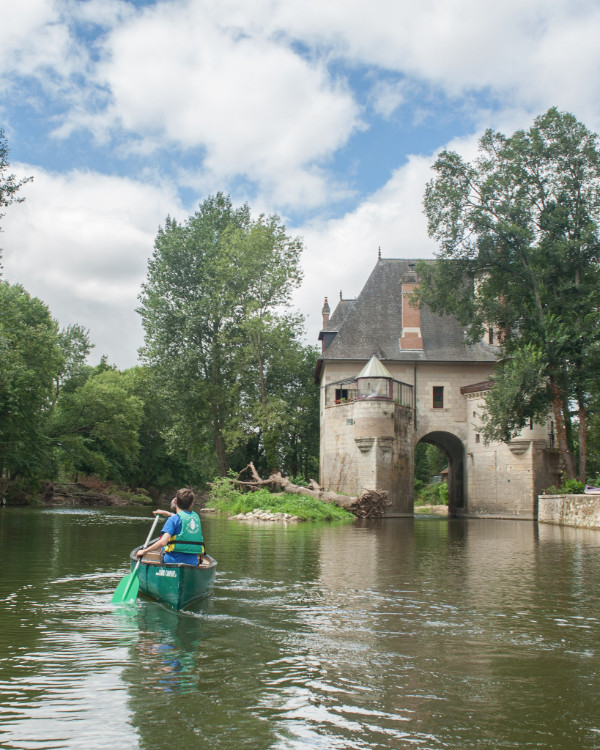 Paddling on the Cher river, France
