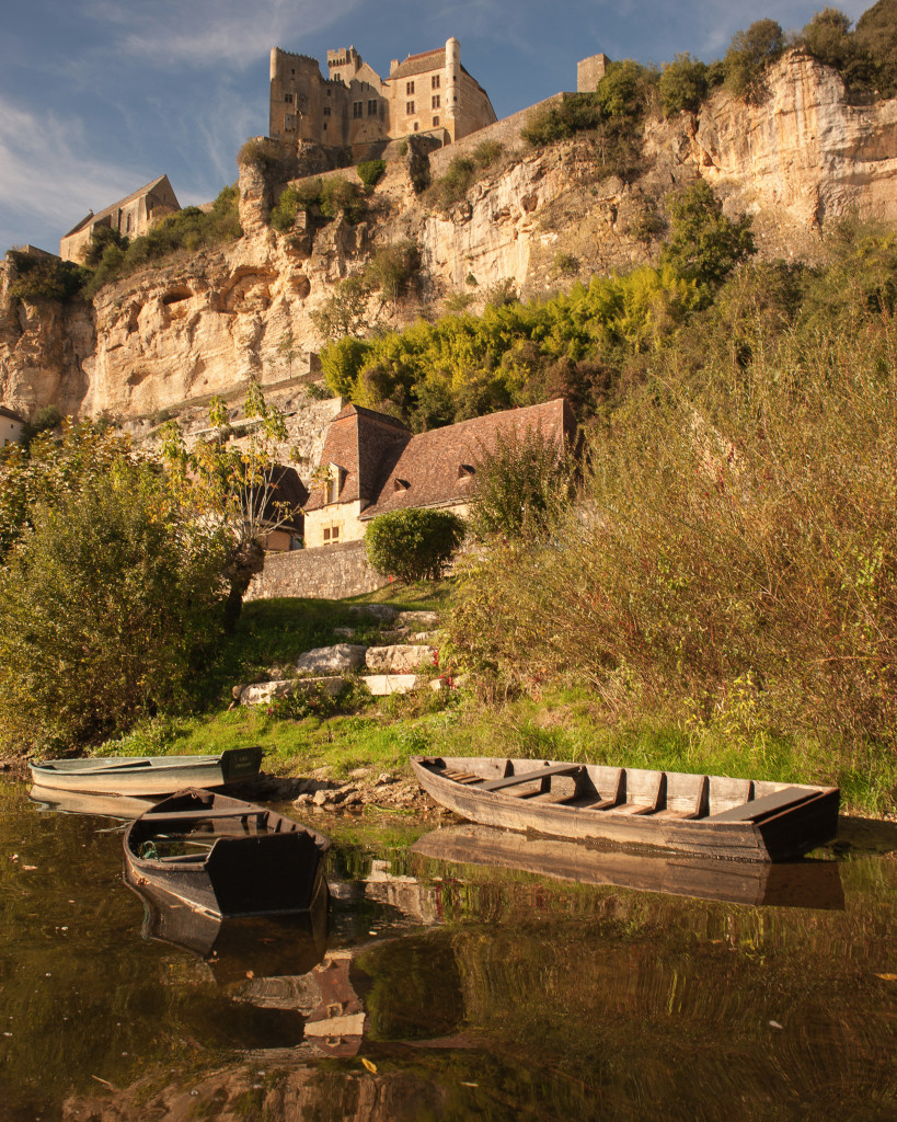 7 Day Inn-to-Inn Canoe Trip to the Perigord, France