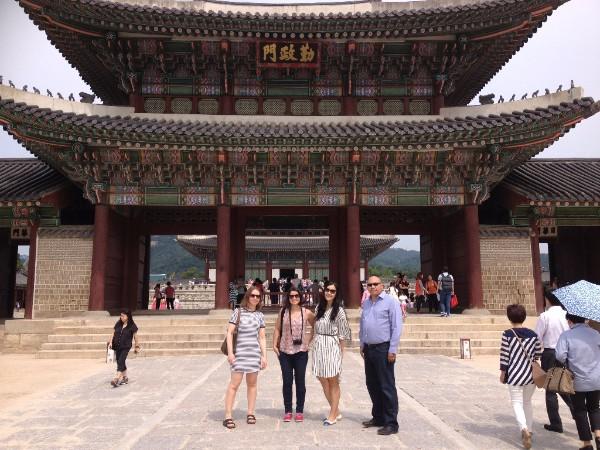 Photograph of New Professional bursary recipients enjoying the sights of Seoul