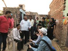Rozhovor s dělníky v Agře