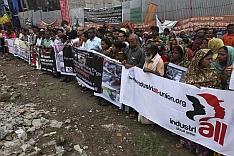 Protestující Rana Plaza