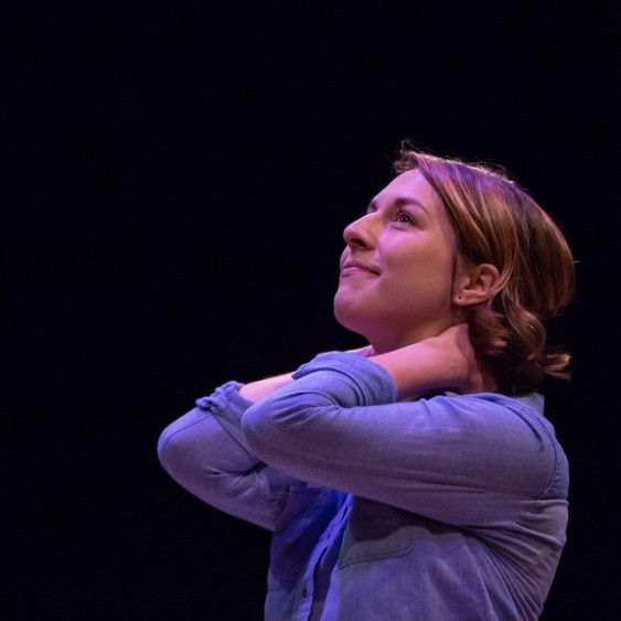 Jenna-Lee Hyde in EVERY BRILLIANT THING, photo by David Stobbe