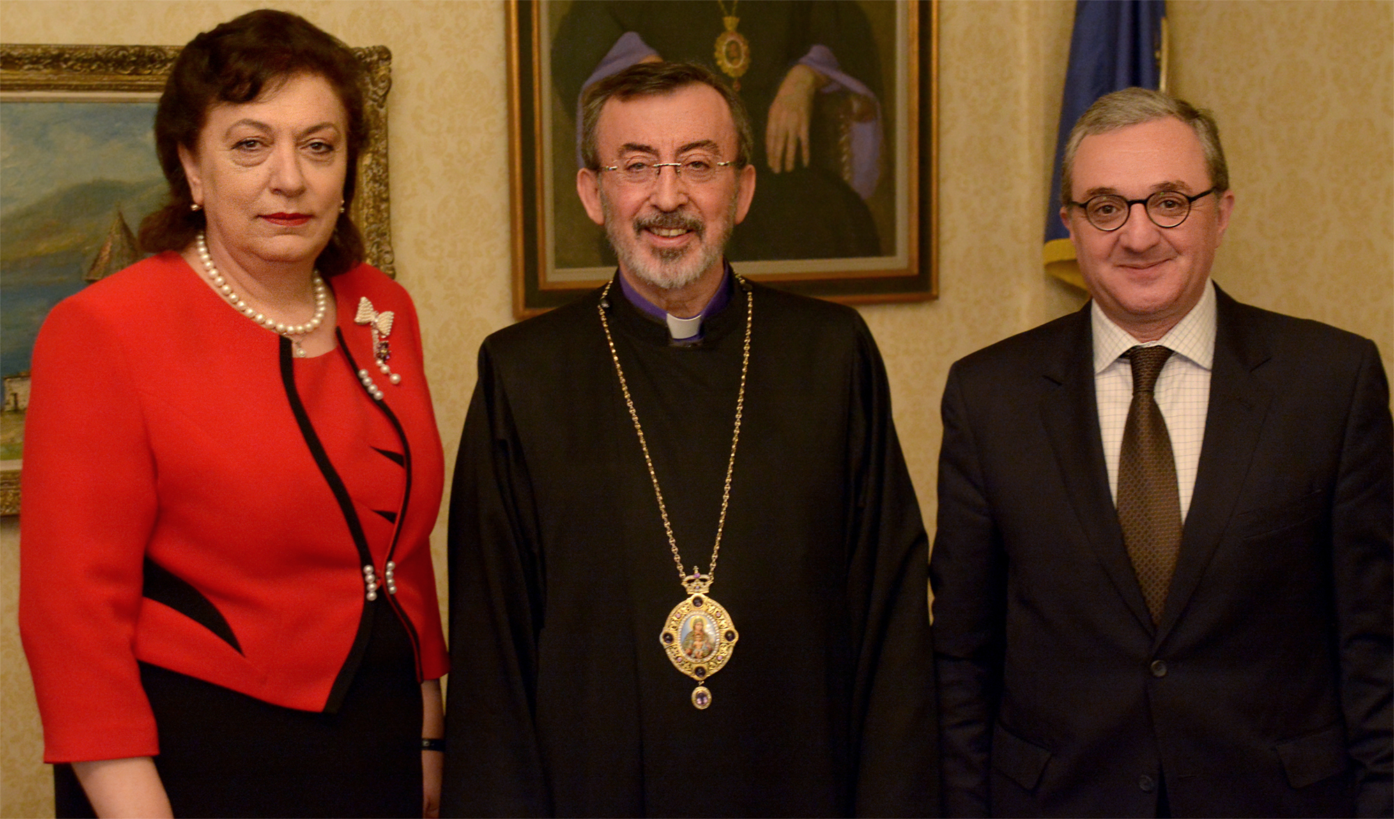 Hranush Hakobyan Visits Diocesan Center