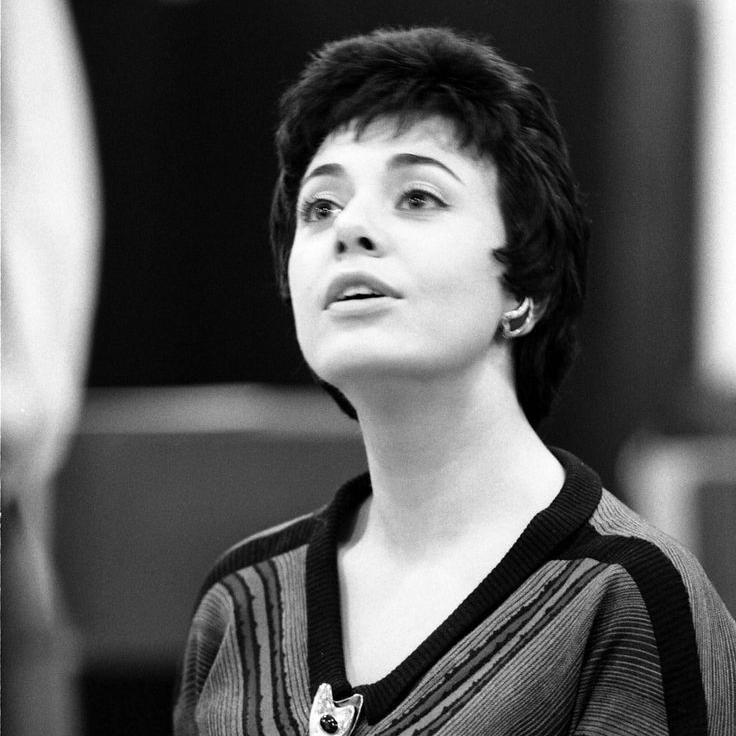 Anita Darian