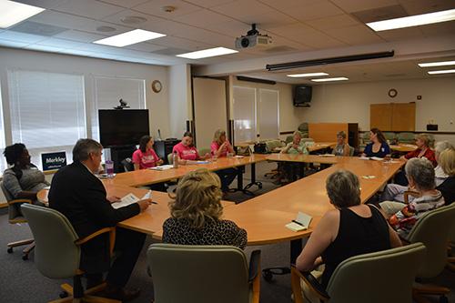 Senator Jeff Merkley Women's Issues Round Table