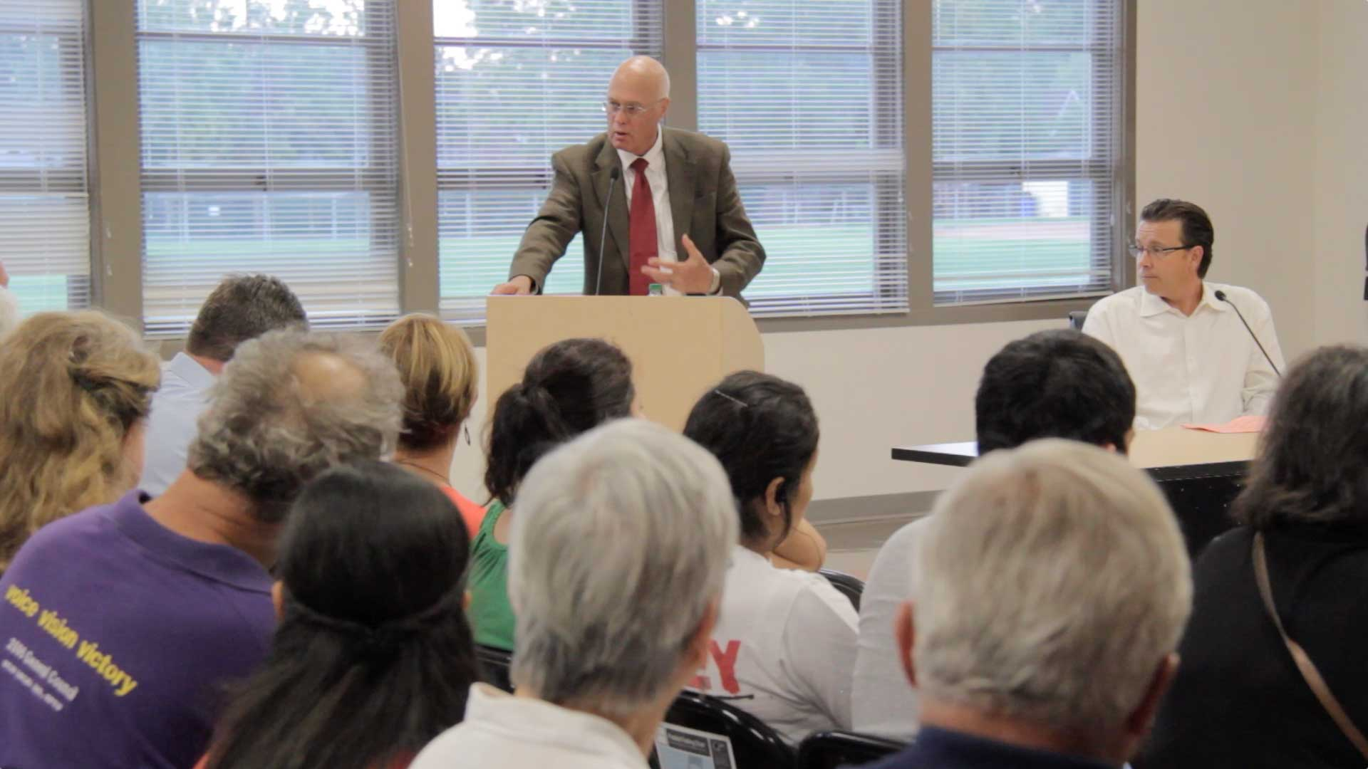 Senator Bates at Education Forum