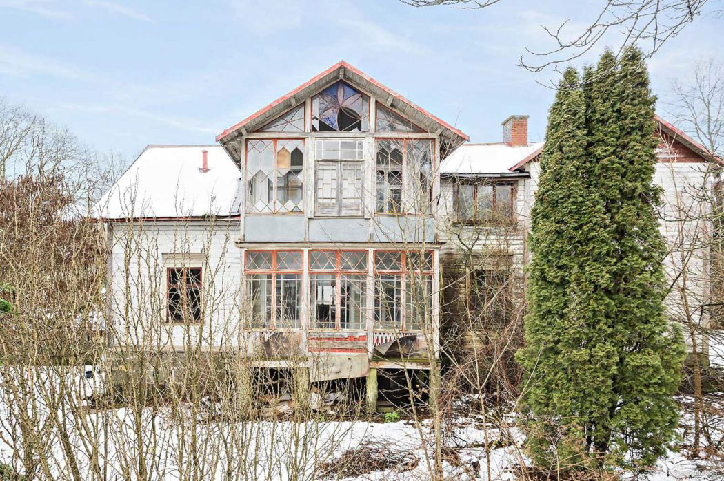 Could this Swedish fixer-upper be your next renovation challenge?
