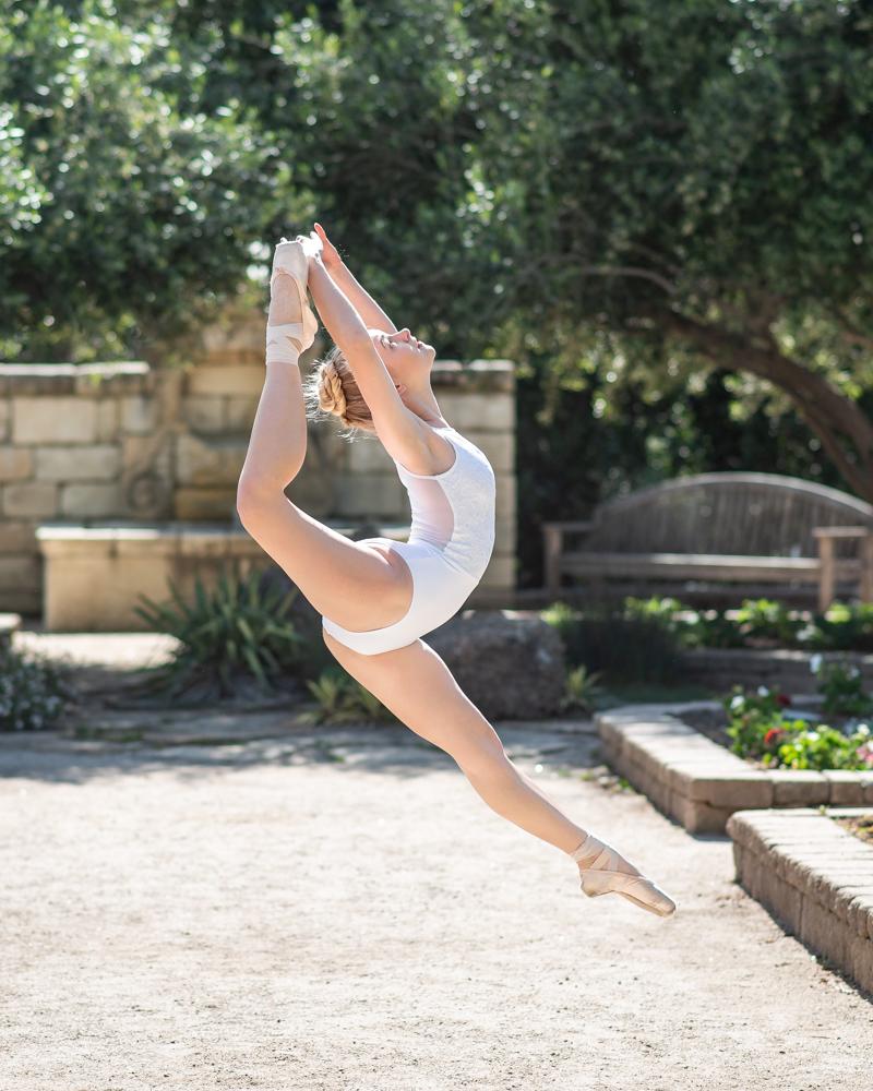 Grace Shirley jump