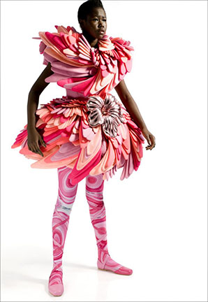 Marga Weimans dress from the Wonderland collection in the SDA Journal