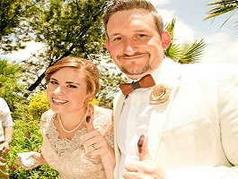 This week, we spoke to Clayton and Ranlynne about their beautiful outdoor wedding.