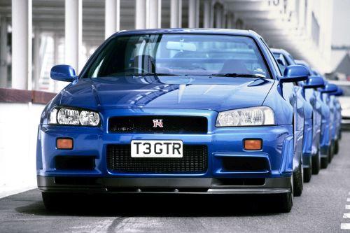 R34 GTR blue production line
