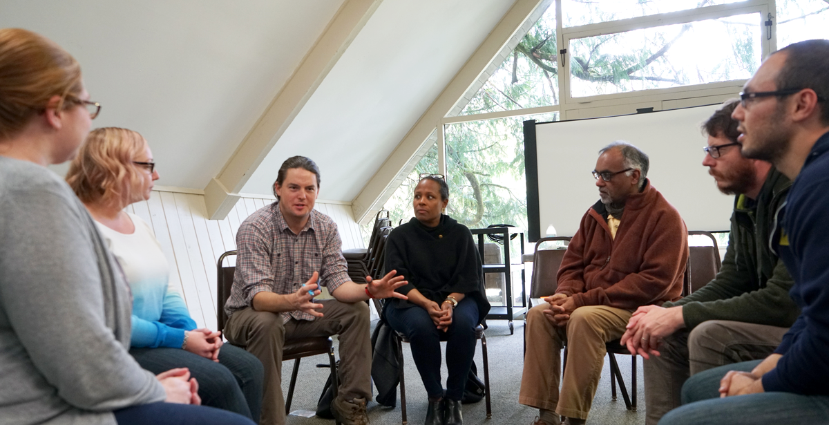 OC staff and facilitator conduct Intergroup Dialogue training.