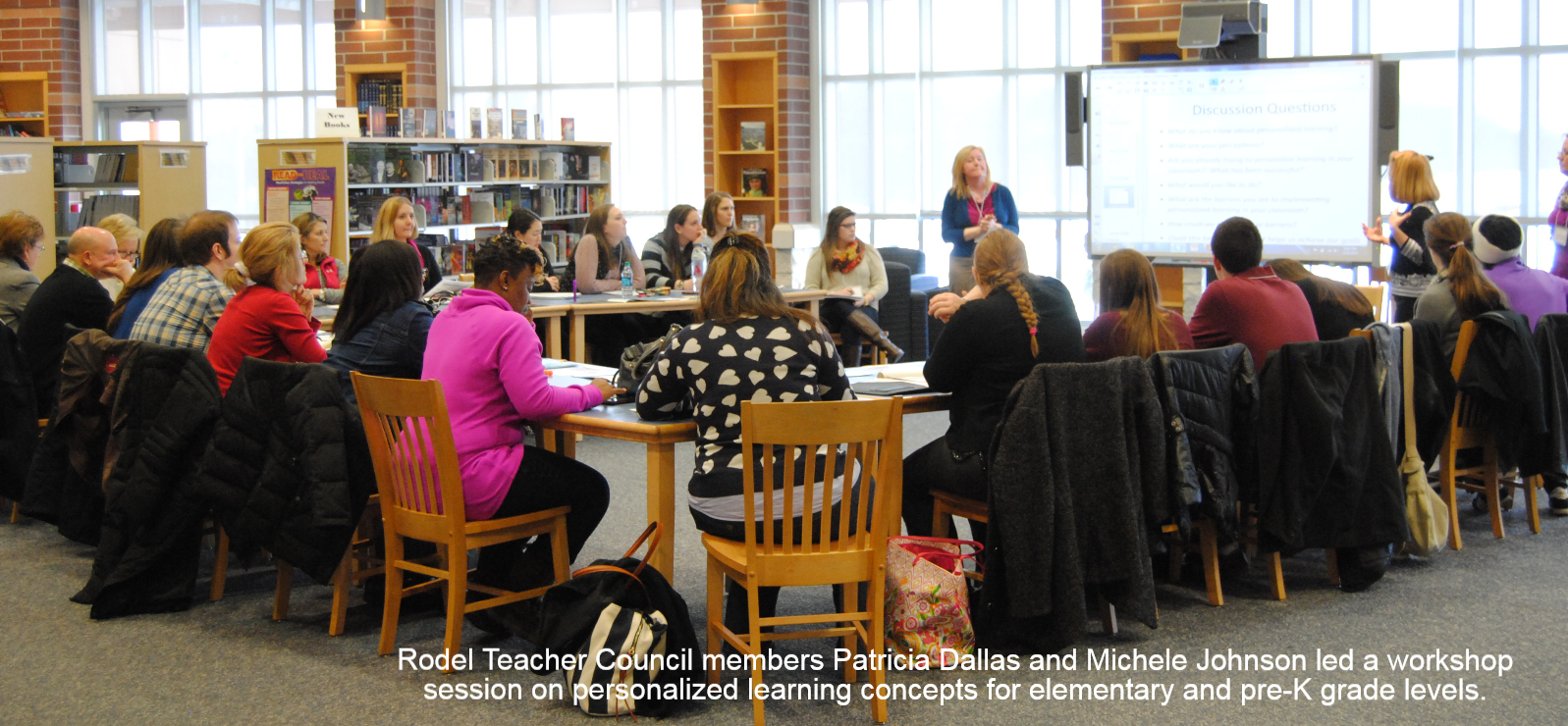 Rodel Teacher Council members Patricia Dallas and Michele Johnson led a workshop session on personalized learning concepts for elementary and pre-K grade levels.