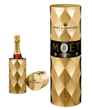 http://www.lovechampagne.co.uk/Christmas-Gift-Ideas/Bollinger-Champagne-La-Grande-Annee-2002-James-Bond-007-EDITIO.html