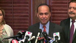 In Surprise Move, Illinois Rep. Gutiérrez Won't Seek Re-Election, Says He'll Focus on Puerto Rico