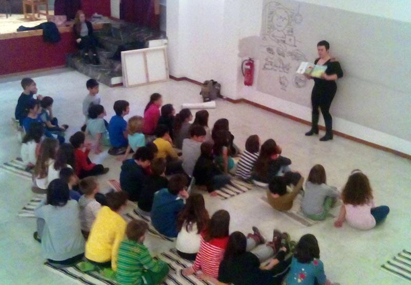 H Λήδα Βαρβαρούση στο Neue Schule Athen