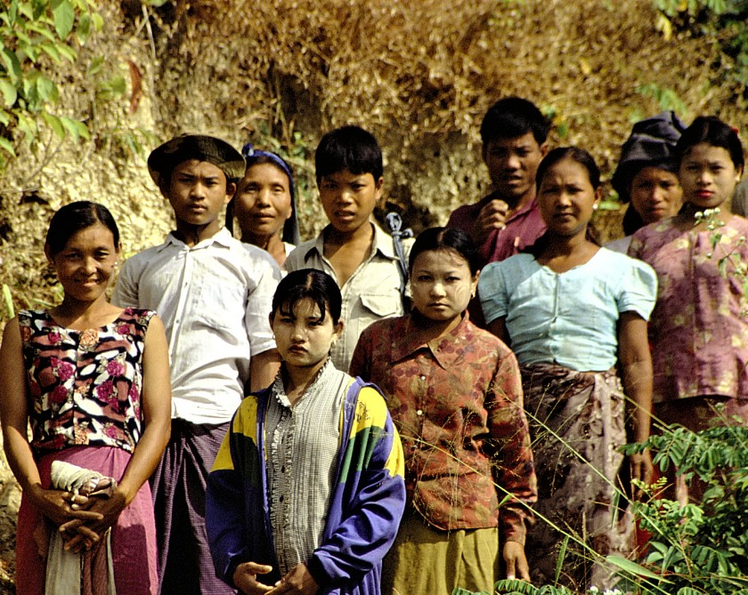 Chin people in unidentified area of Burma in 2007. (Wikipedia, Corto Maltese)