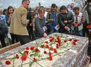 Susanne Geske, widow of martyr Tilmann Geske, after memorial ceremony for Uğur Yüksel. (Morning Star News)
