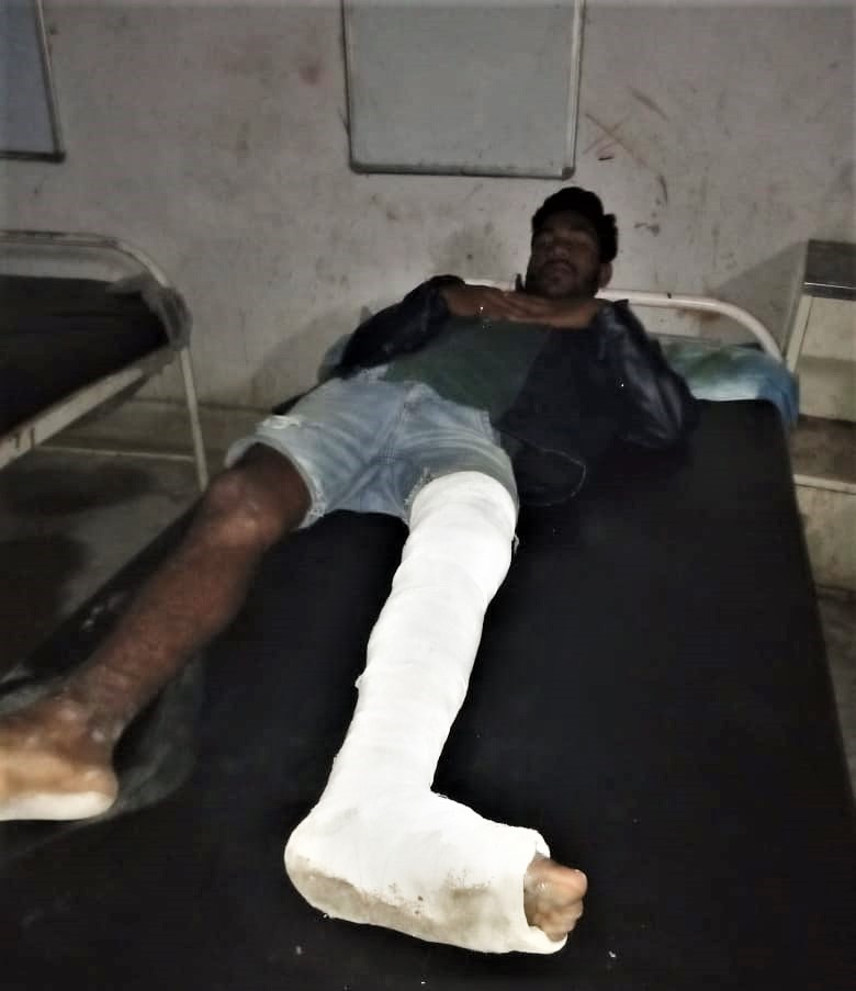 Anugrah Raj, 20, needed knee replacement surgery after Hindu extremists broke his leg. (Morning Star News)