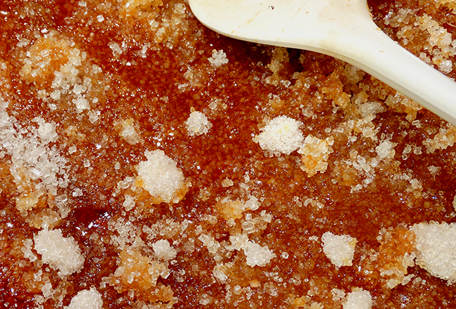 sugar melting in the pan second stage
