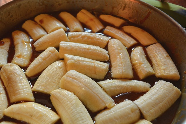 bananas in skillet