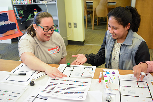 Vit Plant employees inspire girls at STEM event