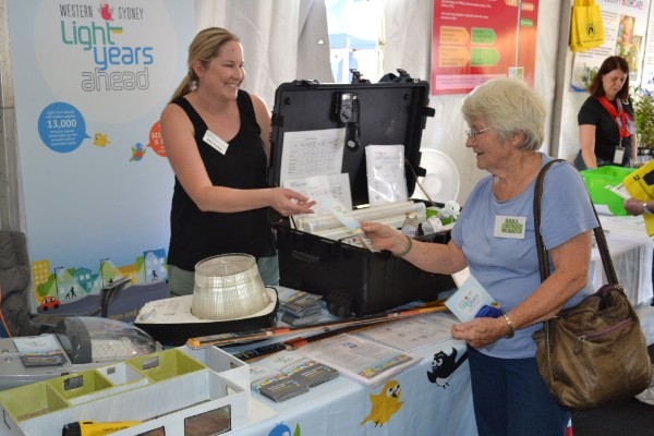 WSROC Project Officer speaking with resident at the Hawkesbury Show.
