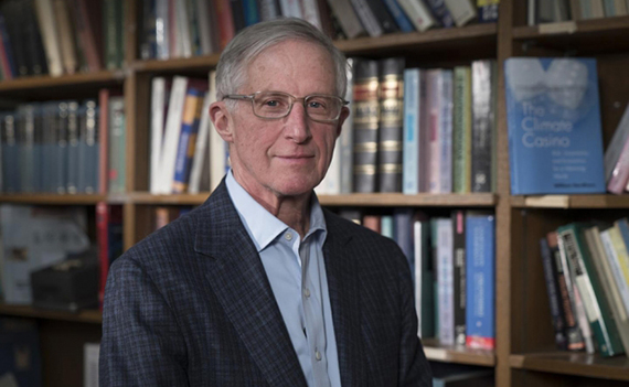 William Nordhaus PhD '67 wins Nobel + nuclear fusion + free food, quantified