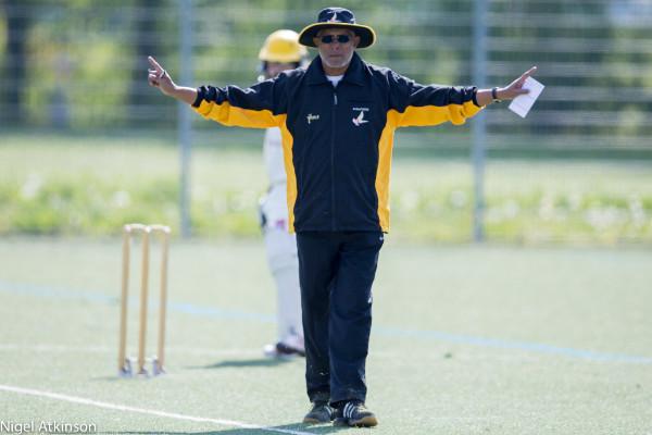 Abraham Koshy signaling wide-ball