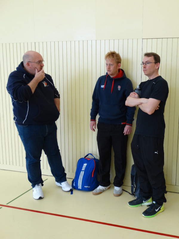 Darren Talbot (l) & Robin Maslin with ZCCC U11 coach Michael Hall (r)