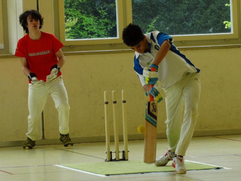 ZCCC U15s indoor cricket practice