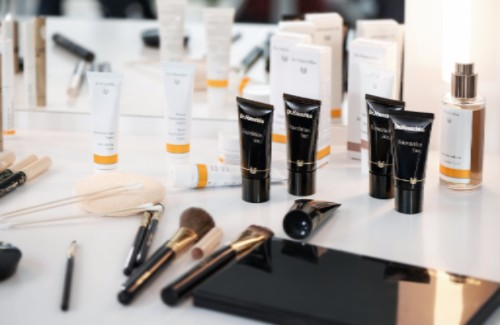 Beautiful Dr.Hauschka skincare and make up