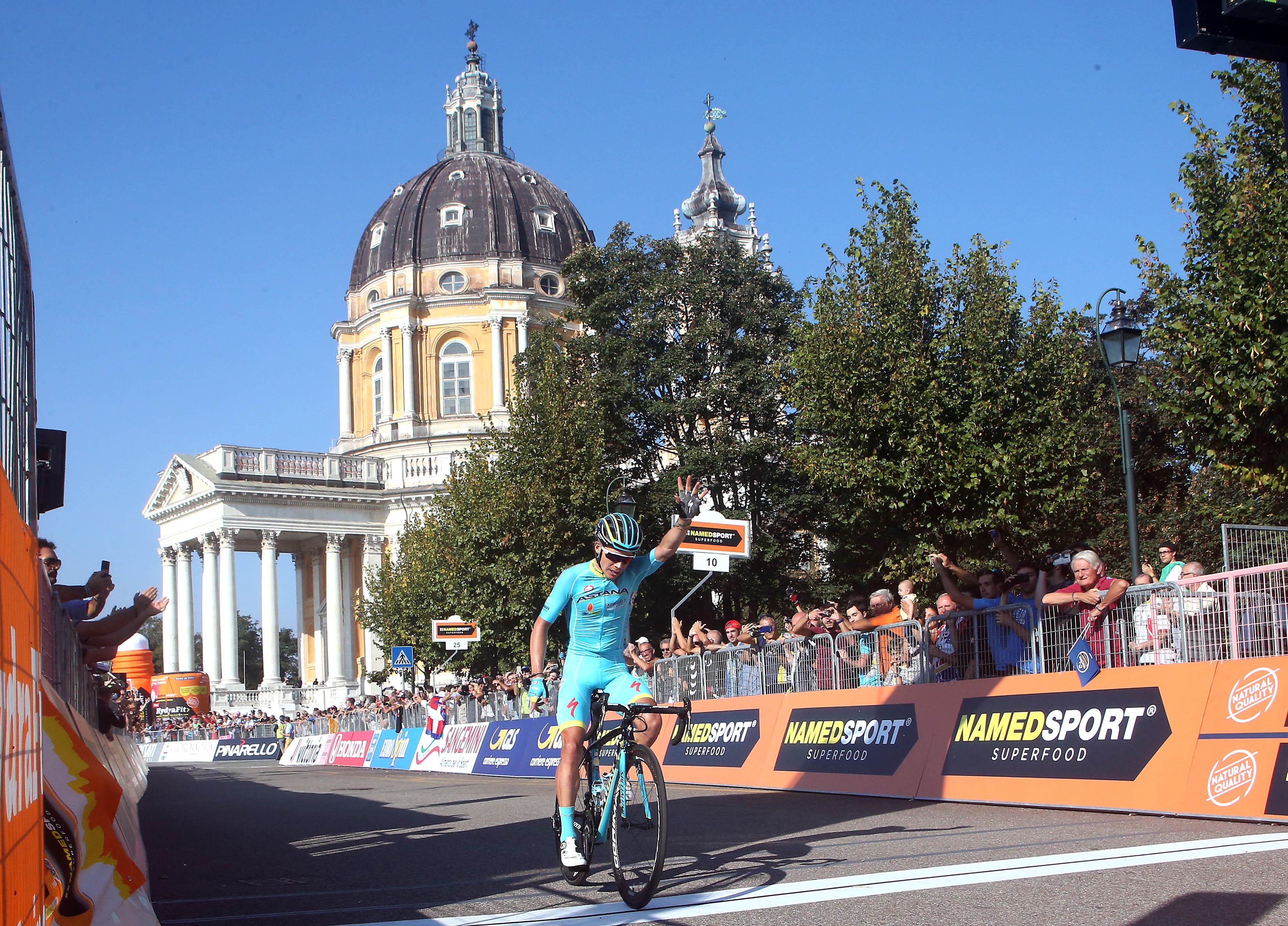 Miguel Angel Lopez wins Milano-Torino - © ANSA - Peri / Bazzi