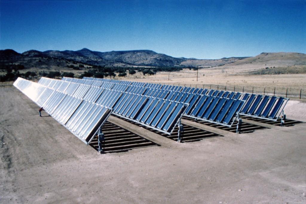 Utility-scale photovoltain application-concentrator modules, Fort Davis, Texas. Credit: ENTECH/NREL