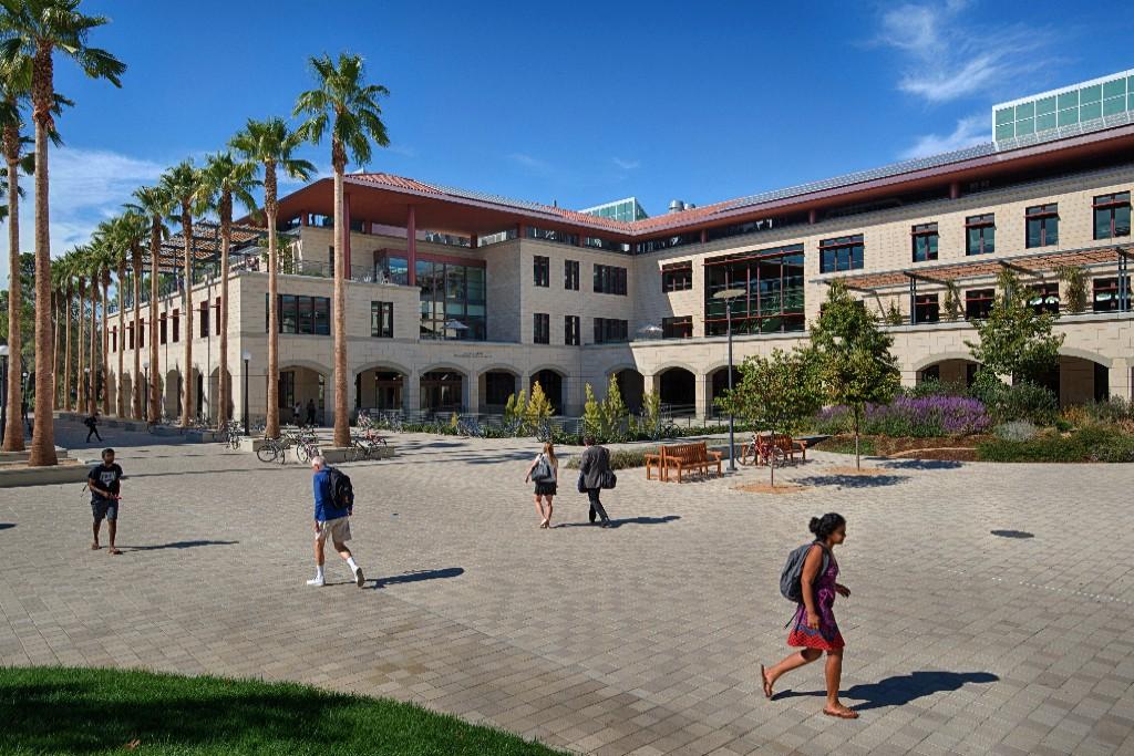 Shriram Center at Stanford. Credit: Tim Maloney. School of Engineering